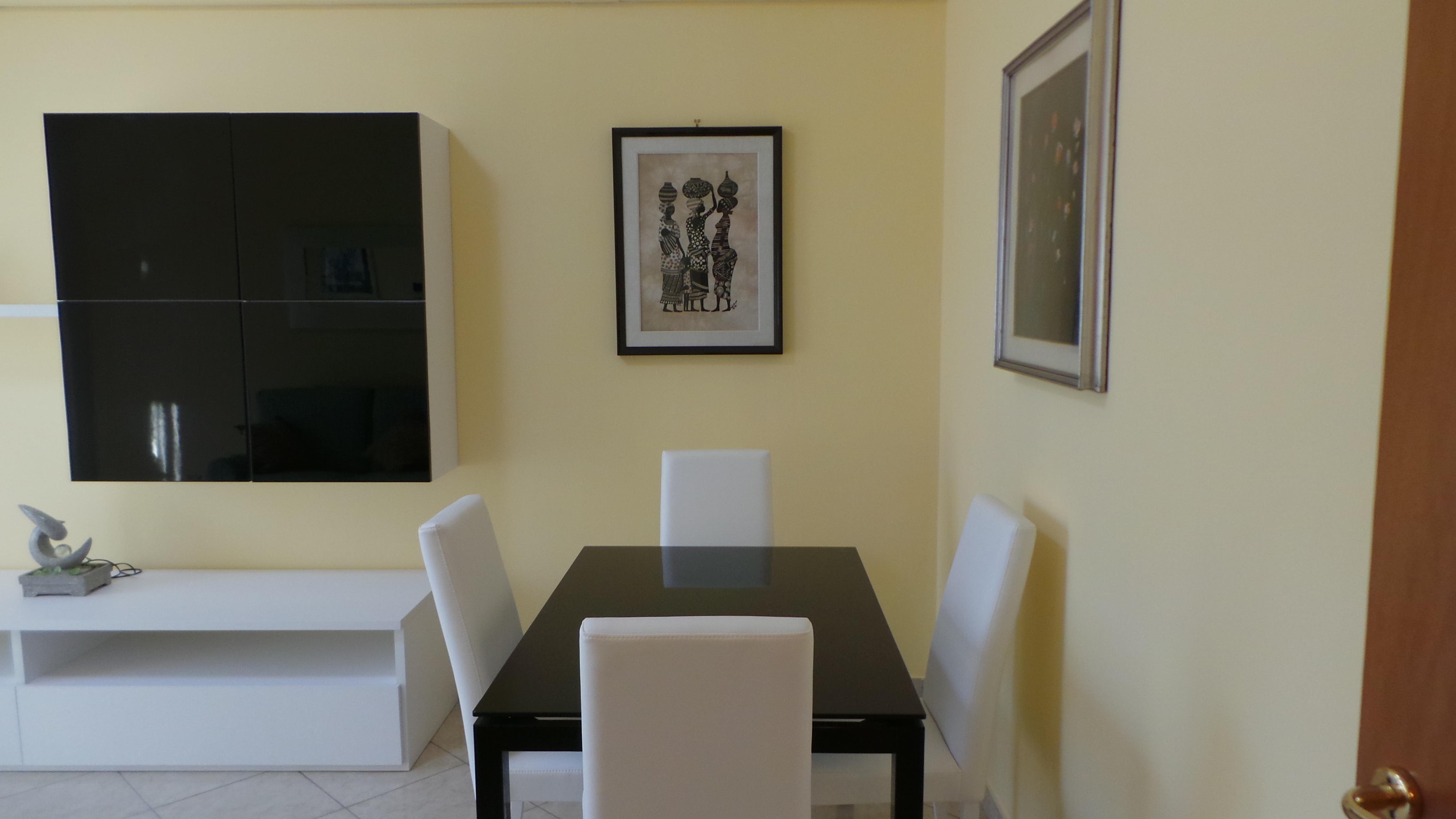 Broker >> OTTIMO 2 LOCALI CON CUCINA ABITABILE In Località Acquedotto #644128 4608 2592 Mattonelle Per Cucina Disegnate